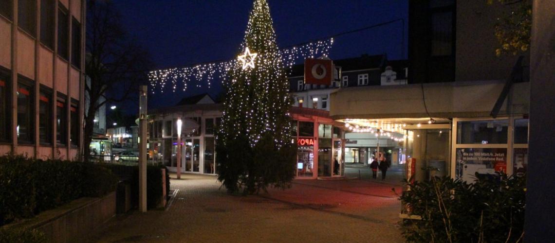 mettmann weihnachtsbäume werden aufgestellt  taeglich
