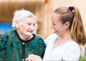 Immer mehr Menschen erkranken an Demenz. Foto: Shutterstock/Ocskay Bence