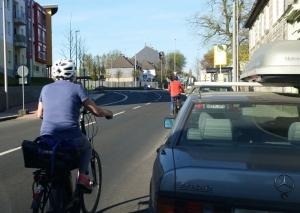 Fahrradfahren ist an vielen Orten in Mettmann kein Vergnügen. Foto: Archiv TME