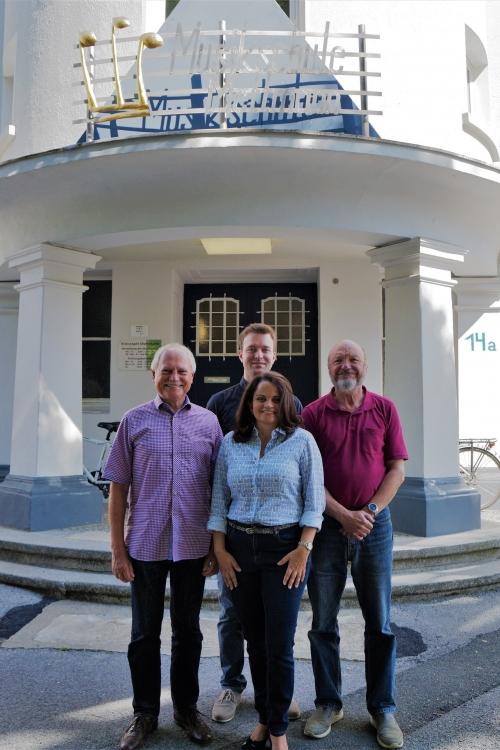 Der Vorstand des Musikschul-Fördervereins (v.l.); Ulrich Behrens, Markus Sich, Lucia Lima Brendel und Karl-Hinz Kensche. Foto: TME
