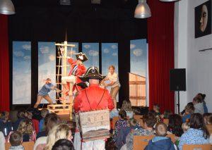 """Es ist eine Wonne, die Spielfreude vom Theater Minestrone bei """"Käpt'n Sharky"""" zu erleben. Foto: TME"""