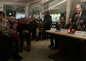 Bürgermeister Thomas Dinkelmann und die Verwaltungsspitze waren zu Gast beim Bürgerstammtisch in Metzkausen. Foto: TME