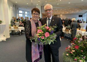 Ulrike Haase und Landrat Thomas Hendele. Foto: Kreis Mettmann