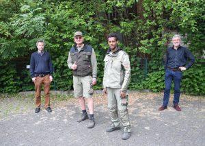 v.l.Daniel Gehrmann (Caritas), Unternehmer Michael Vogelsang, Kidane Negash und Martin Sahler (Caritas). Foto: TME
