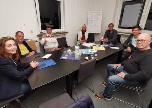 Die neue Fraktion der FDP (v.l.): Andrea Metz, Klaus Müller, Lutz Kreitmann, Christiane Jochum, Jan Söffing, Thomas Sterz, Christoph Zacharias. Foto: FDP/Sterz