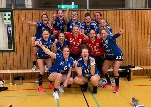 Jubeln wie Siegerinnen: die TBW-Damen nach dem Herzschlag-Finale in Pforzheim. Foto: Turnerbund