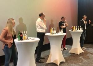 Die finale Podiumskonstellation (v.l.): Nicole Burda (FDP), Dr. Klaus Wiener (CDU), Christian Steinacker (SPD) und Roland Schüren (Grüne). Foto: TME