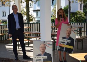 Ralph Brinkhaus und Michaela Noll unterstützen Dr. Klaus Wiener.