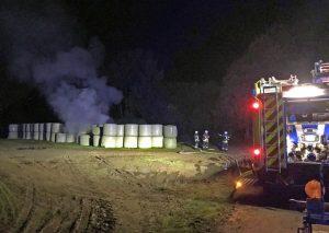 Bild vom Brandort an der Meiersberger Straße in Mettmann, nahe der Ortsgrenze Wülfrath. Foto: KPB Mettmann
